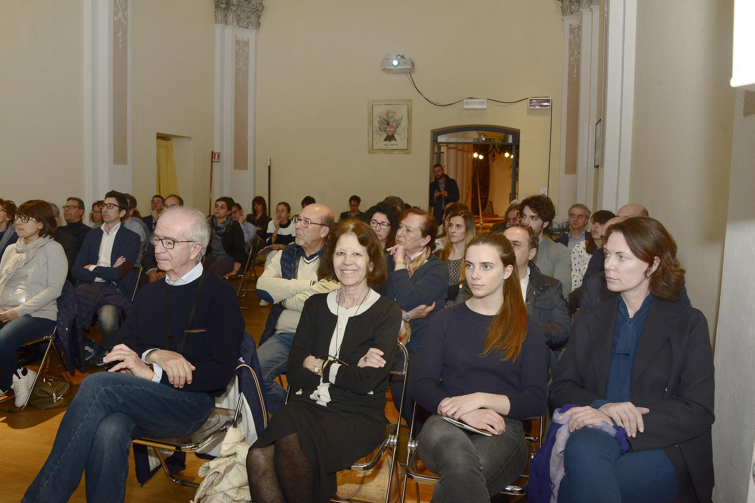Associazione Lodi Liberale - Presentazione del libro Le belle cittAi?? Franco Romano, TatA?, Maggi, Montini